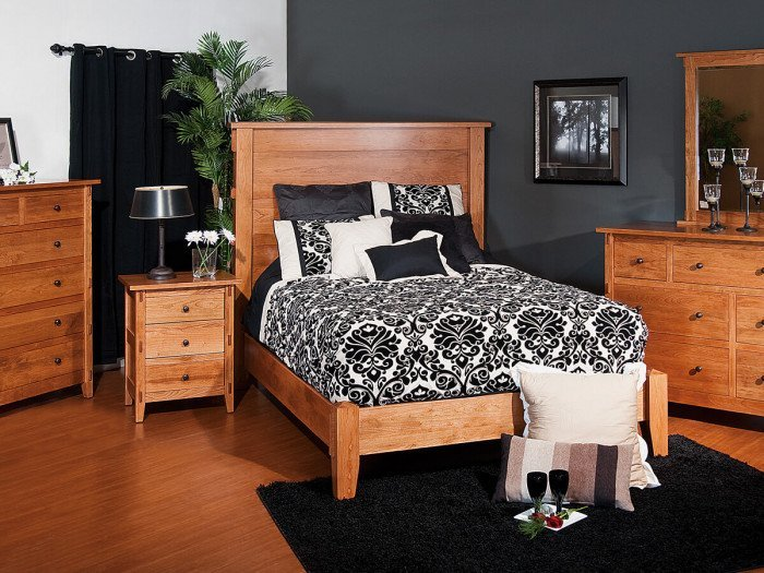 Chandler Amish Bedroom Set
