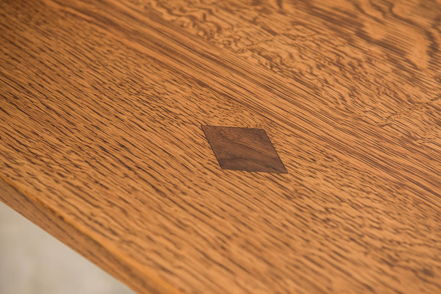 Amish Grand Central Pedestal Table